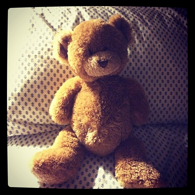 Ive come to bed to find that Ben has left me his teddy bear to sleep with........bless xx