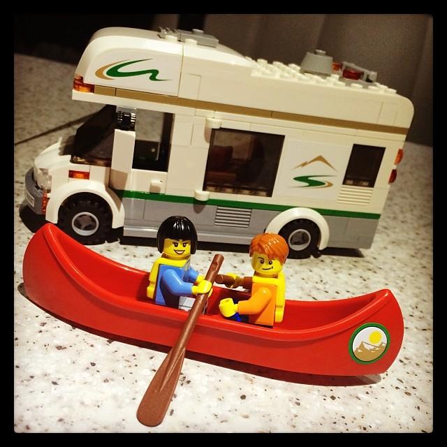 Andrew and Belinda canoe.....odling!!! I'm hilarious!