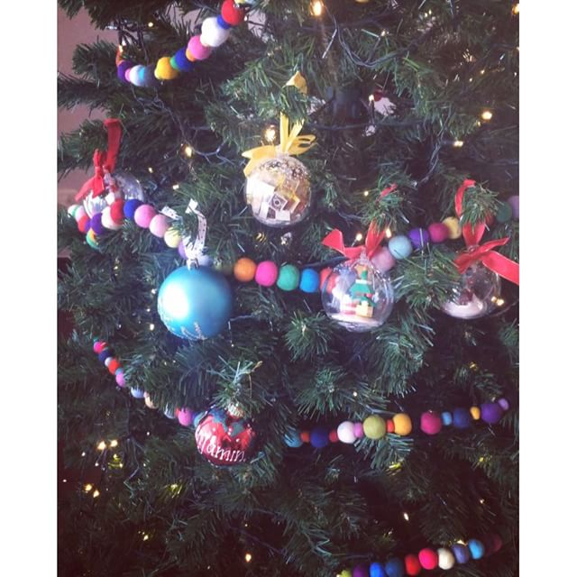 Ben collected his decorations put them on the tree then said 'I'm done!'