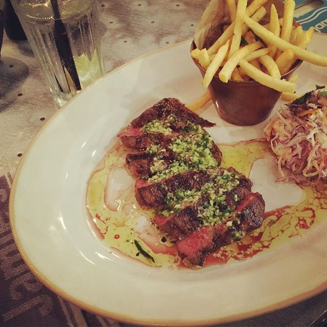 My dinner at Jamie's Italian....STEAK! We really miss nice steak in Thailand. Incase you hadn't realized I have a little crush on Jamie!