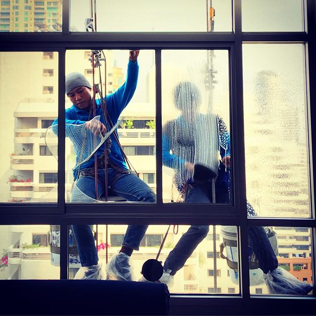 More window washing
