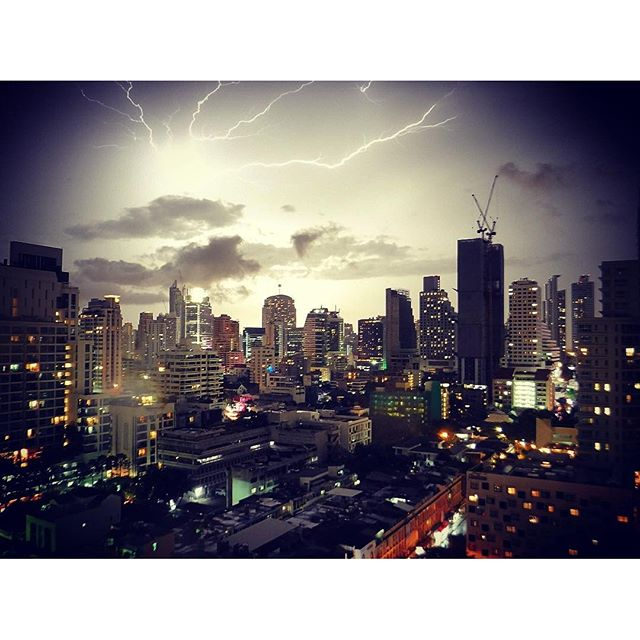 Bangkok Storms - time lapse from our balcony