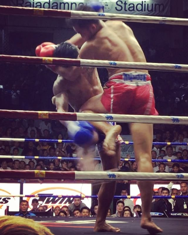 Our first Muay Thai fight. Wowzers!!!! It's like we have stepped into a  movie!