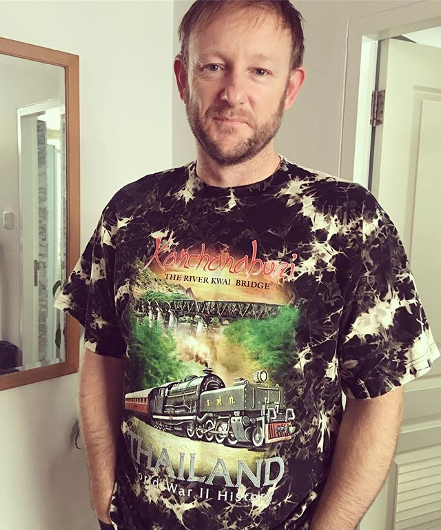 I'm on a mission to find the ugliest tourist tshirt.  This shirt here is the winner so far. What I didn't expect was Andrew to think it was ok to wear. He came out this morning ready to wear this monstrosity. Even Ben screamed out to me 'Mum you can't let Dad out like that!'