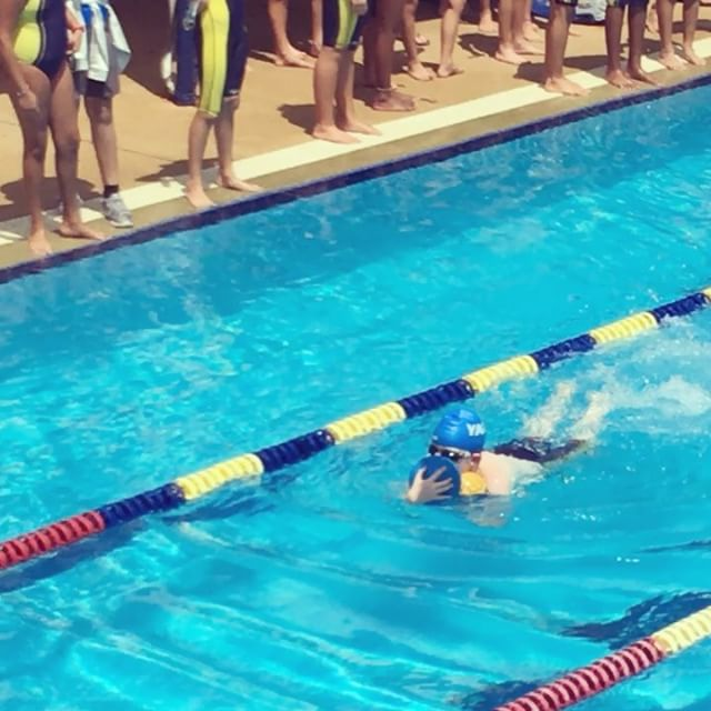 Such a fun way to end a busy week with a FUN swimming carnival. Ben's house won! GO YAO!!