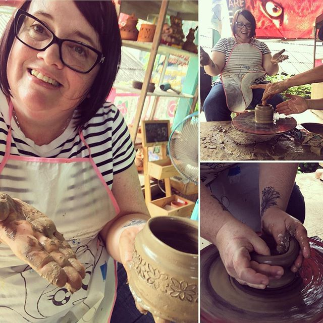 Last week we went to Koh Kret.....I threw my own pot on the wheel (well with some help)