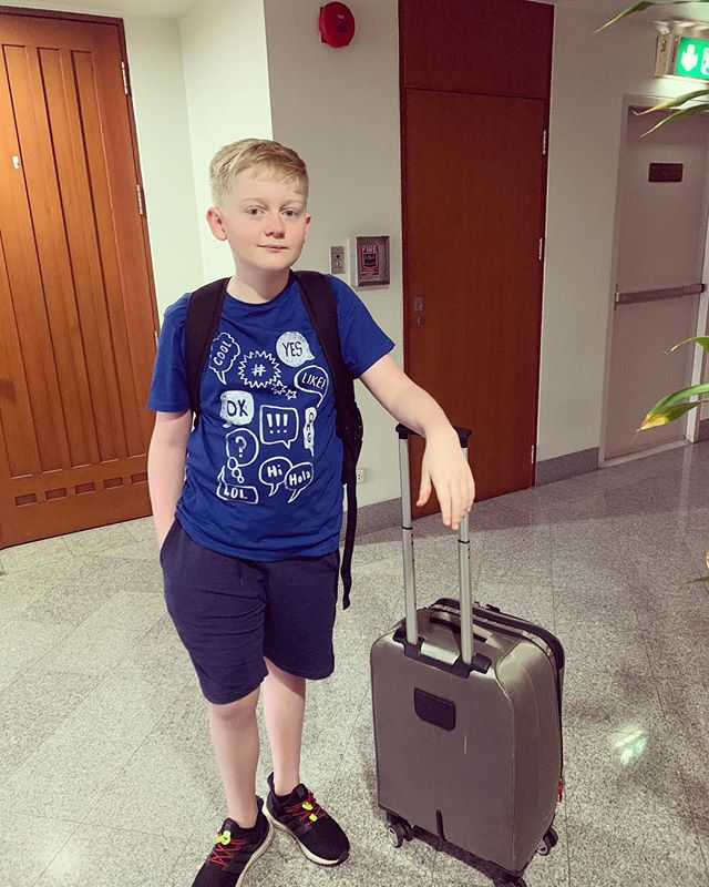 Ben is off on a five day residential (school camp). Getting on the bus did not go smoothly. Fingers crossed 🤞 the rest of the week is fabulous (please)!!!!