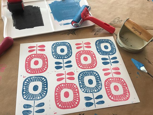 Lino printing surrounded by essential oils yesterday was FUN!!