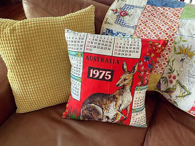A lovely friend found me a vintage tea towel of my birth year. I turned it into a cushion. Everyone meet Skippy!
